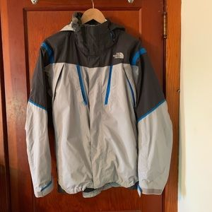 The North Face HyVent Double Zipper